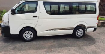 2010 toyota hiace manual